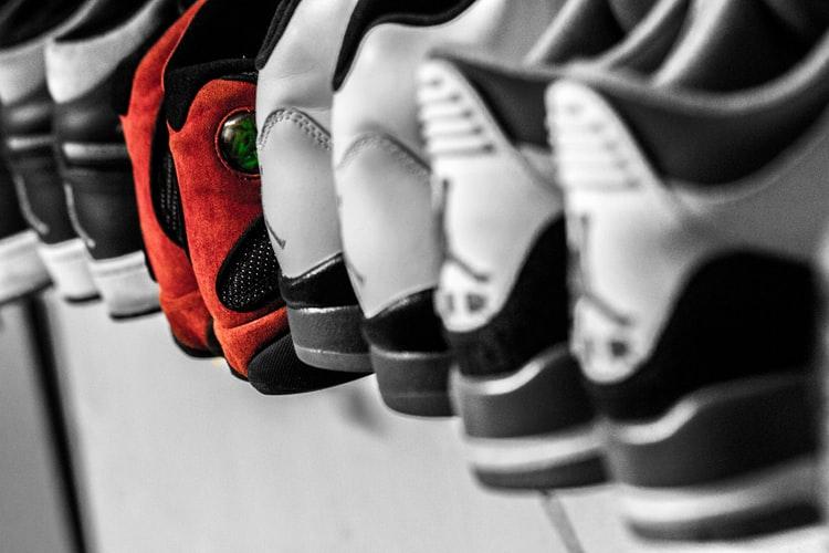 Rangée de sneakers
